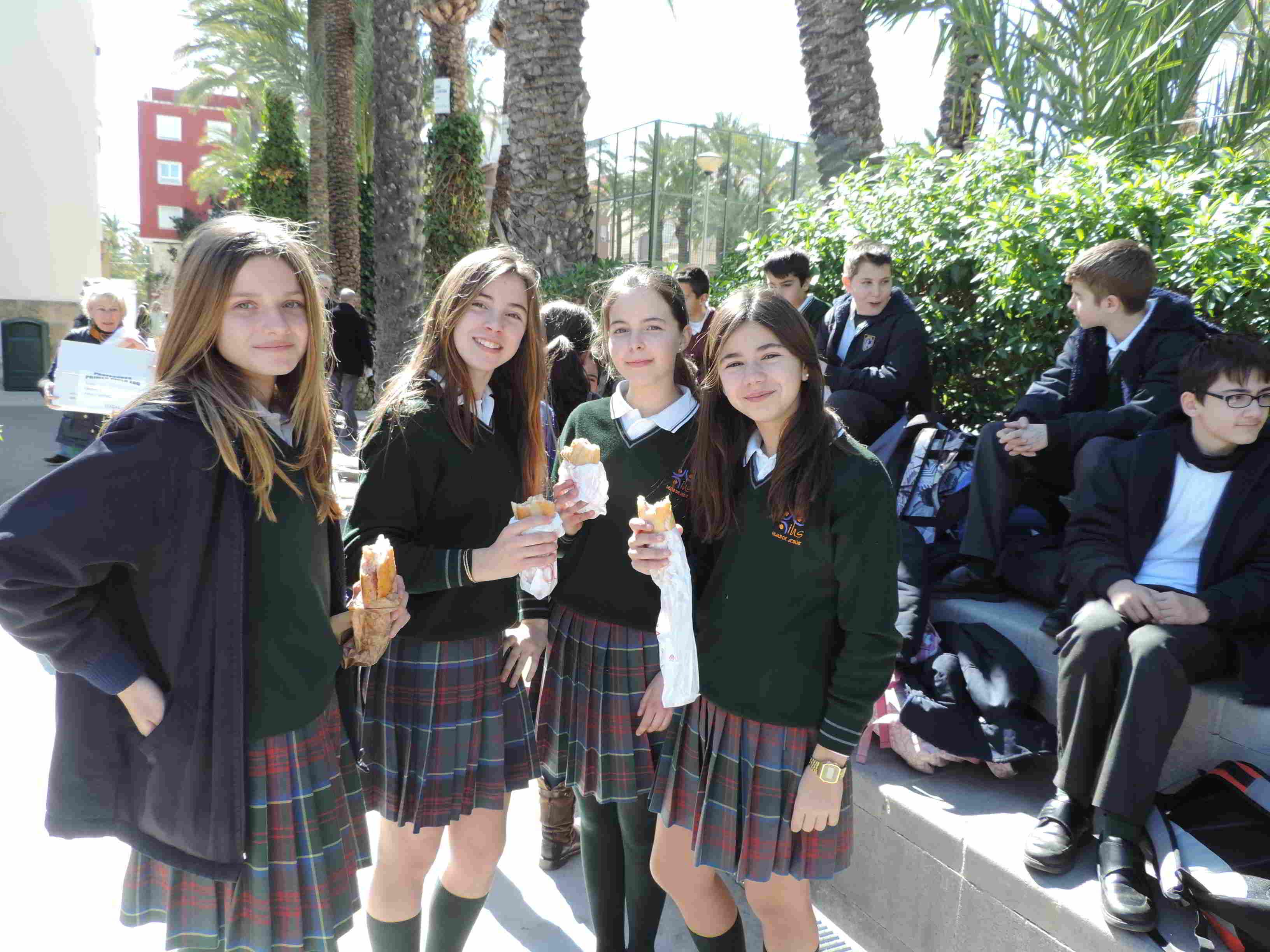 Bocadillo solidario 14-15- Colegio Santa María