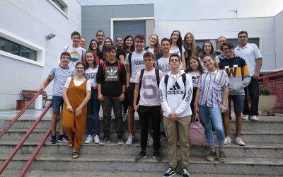 Los alumnos de confirmación visitan Cáritas